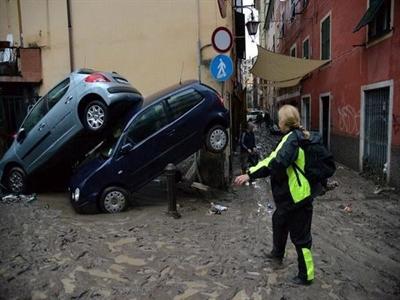 Bắc Italy thiệt hại nặng nề do nước sông dâng và triều cường