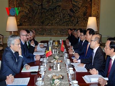 Việt Nam – Bỉ ký thỏa thuận vay vốn cho dự án vệ tinh nhỏ của Việt Nam