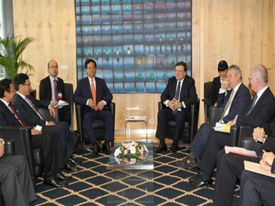 Thủ tướng Nguyễn Tấn Dũng hội đàm với Chủ tịch Ủy ban châu Âu