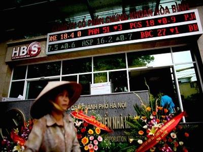 CIMB dự báo chứng khoán Việt Nam tăng ít nhất 25% trong năm sau