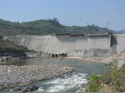 Thủy điện Miền Trung lỗ gần 14 tỷ đồng quý III do thủy văn không thuận lợi