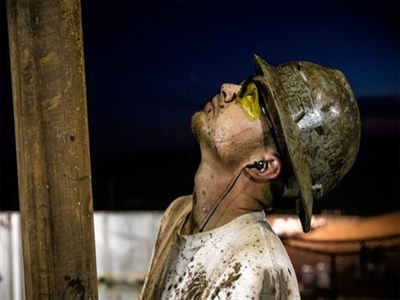 Nga, Venezuela điêu đứng vì giá dầu giảm