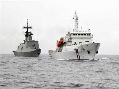 Đài Loan tính cho tàu vũ trang đồn trú ở Trường Sa
