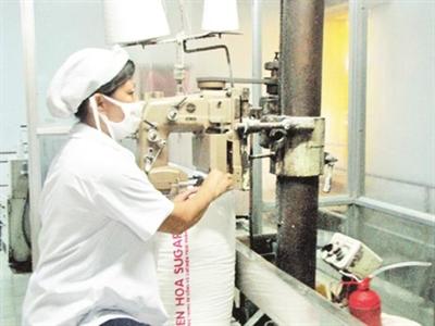 Bí ẩn cơ chế nhập khẩu đường