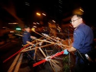 Cảnh sát Hong Kong dẹp sạch các khu biểu tình
