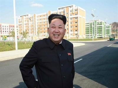 Ông Kim Jong-un xuất hiện lần hai gây nhiều đồn đoán