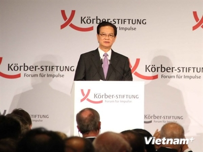 Thủ tướng trả lời báo chí quốc tế về vấn đề căng thẳng trên Biển Đông