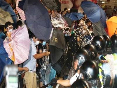 Hồng Kông 'dọn dẹp' người biểu tình trước khi đối thoại?