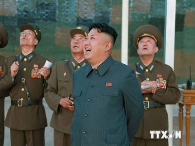 Ông Kim Jong-un đi thị sát và chỉ đạo đơn vị huấn luyện phi công