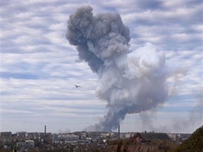 Tổng thống Ukraine tuyên bố ngừng bắn phá Donbass