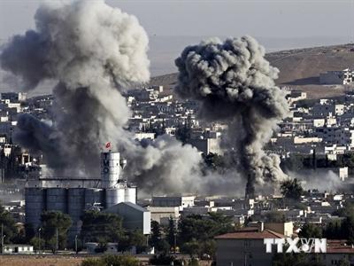 Liên quân không kích mỏ dầu ở miền Đông Syria