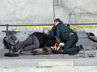 Canada chấn động bởi vụ xả súng hàng loạt
