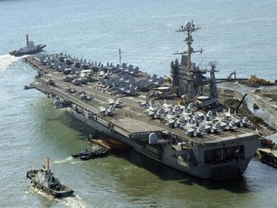 Tàu sân bay Mỹ cập cảng Philippines