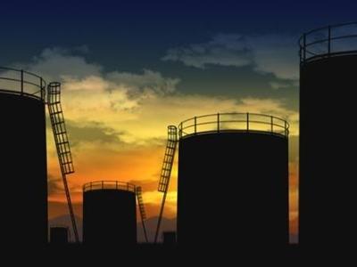 Arab Saudi giảm nguồn cung dầu để nâng giá?