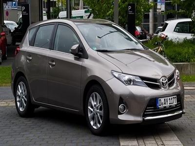 Hãng Toyota tiếp tục dẫn đầu thế giới về doanh số bán xe