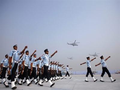 Ấn Độ chi 13 tỷ USD hiện đại hóa quân đội