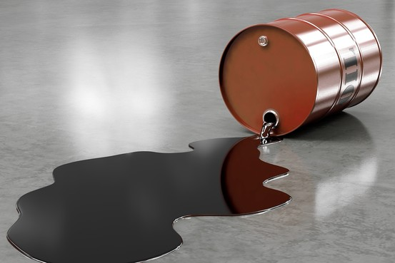 Goldman Sachs hạ dự báo giá dầu Brent và WTI do dư cung
