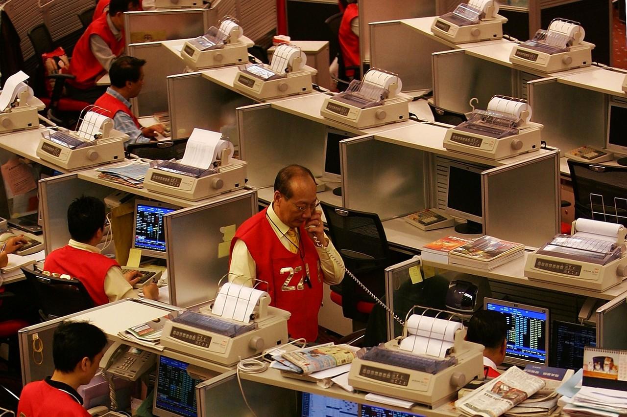 Hoãn liên kết giao dịch chứng khoán Thượng Hải - Hong Kong vì biểu tình