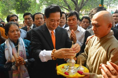 Thủ tướng Nguyễn Tấn Dũng thăm nơi đức Phật giác ngộ