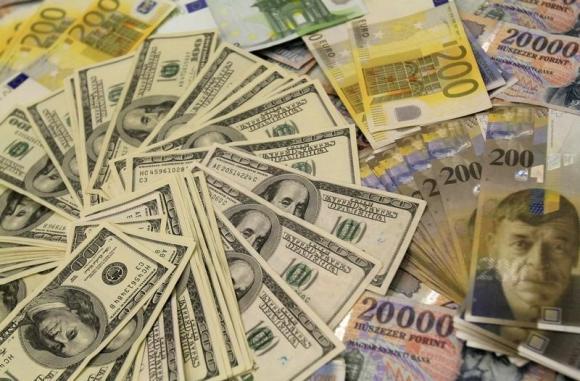 USD giảm giá, chờ đợi tín hiệu từ Fed, BOJ