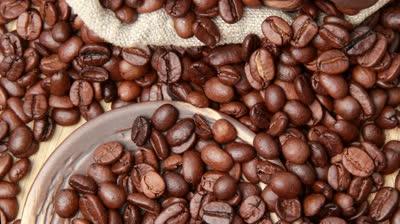 Giá cà phê Tây Nguyên tăng trở lại lên 38,7-39,7 triệu đồng tấn