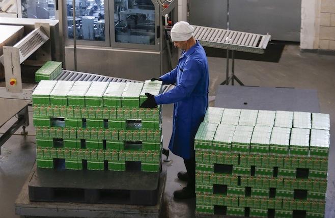 Nga có thể hạn chế quá cảnh thực phẩm từ Ukraine và Belarus sang Kazakhstan