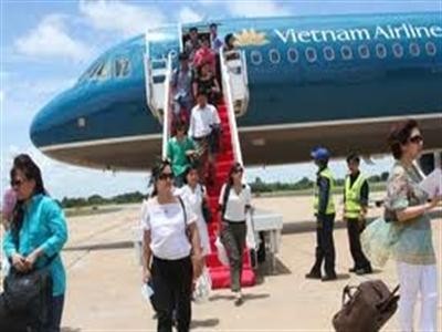 Vietnam Airlines sáng nay tổ chức roadshow tại TPHCM