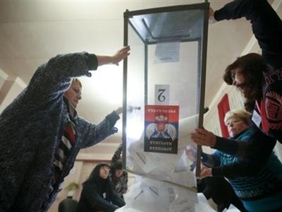 Nga bị cô lập hơn sau bầu cử đông Ukraine