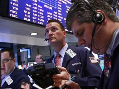 Chứng khoán Mỹ giảm theo giá dầu