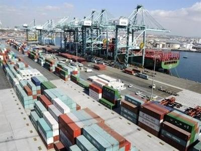 Mỹ: Thâm hụt thương mại tháng 9 lên cao nhất 5 tháng
