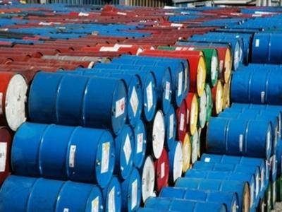 Giá dầu Brent thấp nhất 4 năm, dầu WTI thấp nhất 3 năm