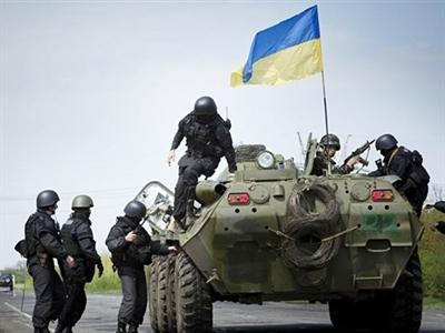 Kinh tế Ukraine có nguy cơ rơi vào suy thoái vì nội chiến