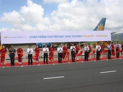 Vietnam Airlines khai trương đường bay Phú Quốc - Singapore