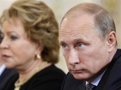 Tổng thống Putin: Giá dầu giảm là âm mưu chống lại Nga