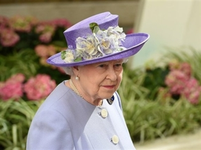 Anh phá âm mưu ám sát Nữ hoàng Elizabeth II