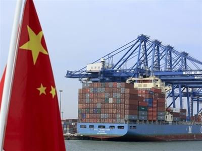 Xuất khẩu Trung Quốc tăng vượt dự báo
