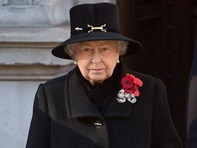 Bắt giữ bốn nghi phạm khủng bố lên kế hoạch ám sát Nữ hoàng Anh