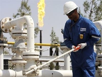 Giá dầu Brent lại phá đáy do lo ngại động thái của OPEC