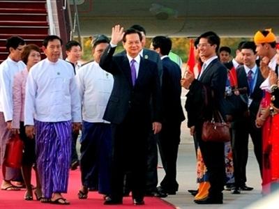 Thủ tướng Nguyễn Tấn Dũng tới Thủ đô Nay Pyi Taw