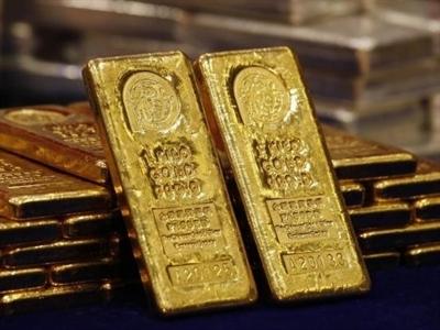 Giá vàng giảm trước viễn cảnh kinh tế Mỹ và giá dầu lao dốc