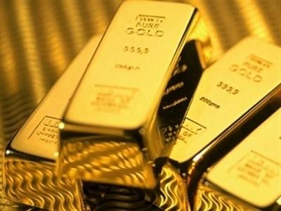 Nga đã mua 150 tấn vàng trong năm nay khi ruble thấp kỷ lục