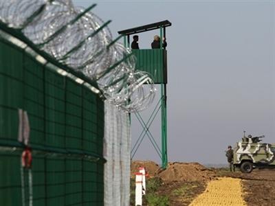 Ukraine đơn phương phân định lại biên giới với Nga