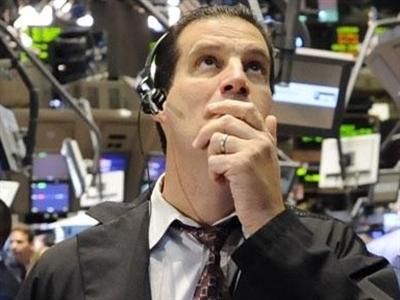 Chứng khoán Mỹ lập đỉnh mới trước tín hiệu kinh tế khả quan