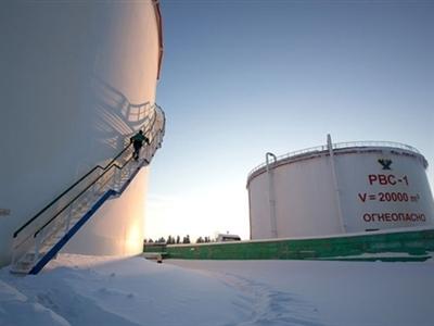 Nga có thể mất tới 140 tỷ USD/năm do lệnh trừng phạt và giá dầu giảm