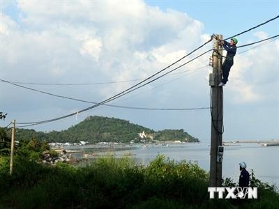 Kiên Giang: Huyện đảo Kiên Hải sắp có điện lưới quốc gia
