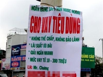 Quảng cáo cho vay tín dụng đen xuất hiện tràn lan ở miền Trung