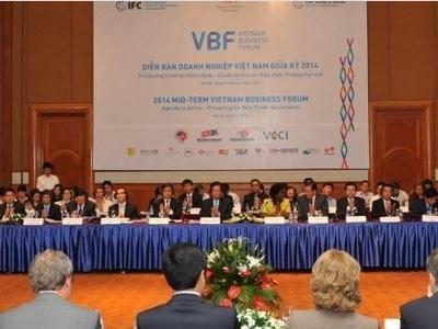 Diễn đàn doanh nghiệp Việt Nam cuối kỳ 2014 khai mạc sáng 2/12