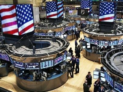 Chứng khoán Mỹ giảm sau quyết sách của ECB