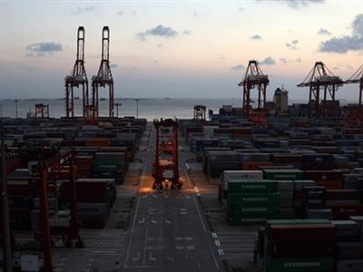 Trung Quốc đạt thặng dư thương mại kỷ lục