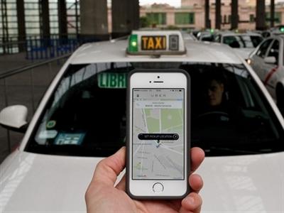 Lái xe của Uber bị cáo buộc hiếp dâm tại Ấn Độ